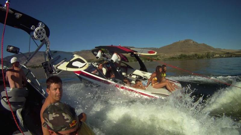 Name:  2 boat surfing 1096.jpg Views: 1179 Size:  45.7 KB