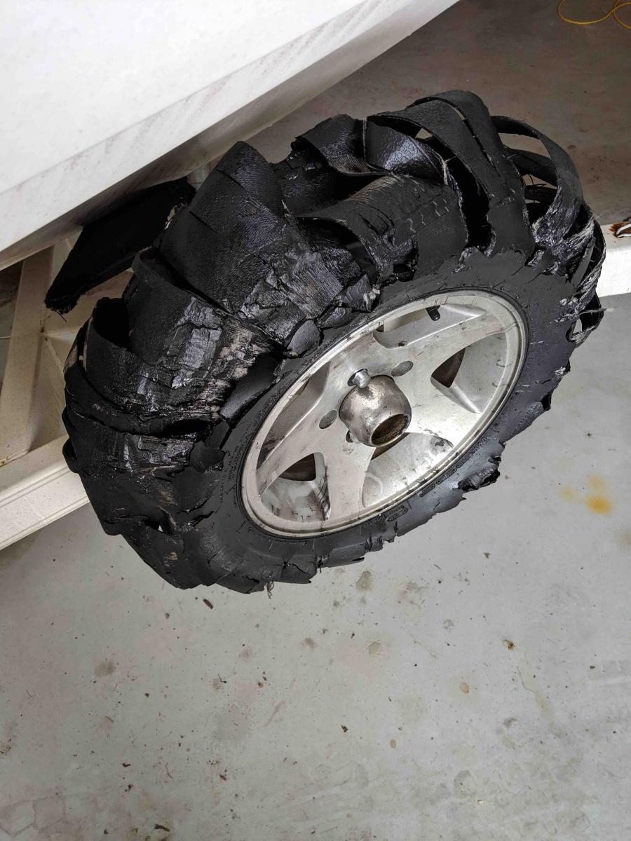 Name:  Tire.jpg Views: 1050 Size:  134.8 KB
